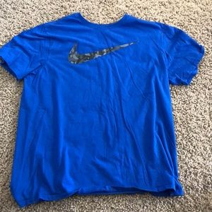 Camo Nike shirt blue